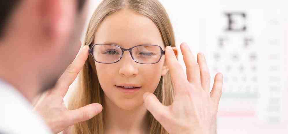 Замена хрусталика при высокой степени близорукости