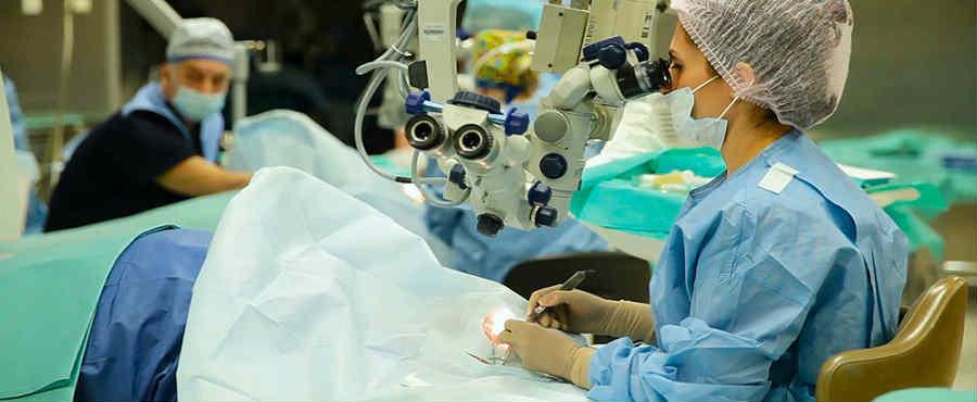 Хирургическое лечение кератоконуса в Москве