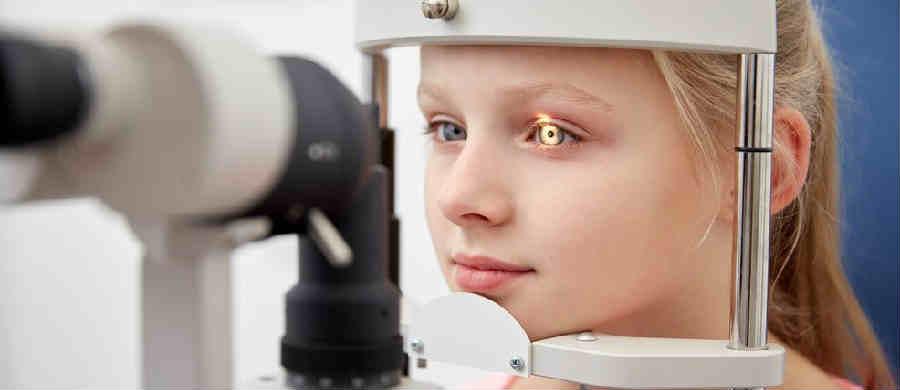 Лечение косоглазия у детей и взрослых операцией